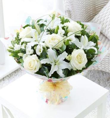 Order Sympathy Flowers For FREE Delivery Anywhere In the UK | The Flower Box | Scoop.it