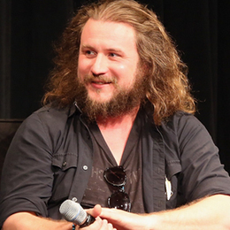 Jim James: 'The Internet Is a Horrible Drug We're All Addicted To' | Music News | Rolling Stone | Concerten | Scoop.it
