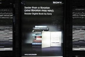 Sony Reader : plus sexy qu'un bibliothécaire moins que Pamela Anderson ?   bib en séries   Scoop.it