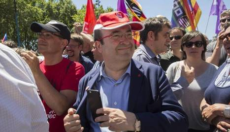 Miles de personas protestan contra los recursos del PP al Constitucional, Camilo S. Baquero | Diari de Miquel Iceta | Scoop.it