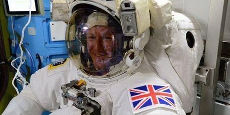 La première sortie dans l'espace d'un spationnaute britannique écourtée pour une goutte d'eau dans le casque | Actualités Sciences | Scoop.it