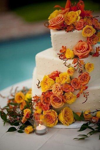 Fall square multi shape Cake   CLASSIC MULTISHAPE WEDDING CAKES   Scoop.it