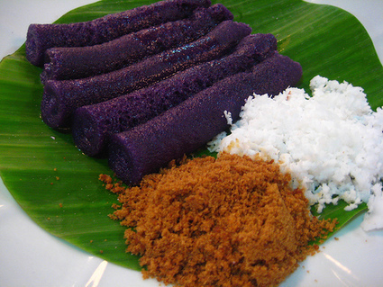 Puto Bumbong | Filipino Recipes, Dishes And Delicacies | The Rambling Epicure | Scoop.it