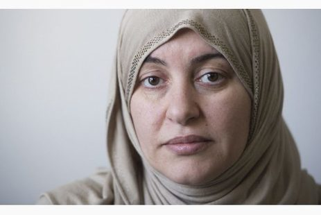 Hijab-wearing woman deeply grateful but turns down money from crowdfunding | Toronto Star | Business Video Directory | Scoop.it