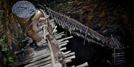Devastating Photos Of India's Illegal Coal Mines | Agriculture | Scoop.it