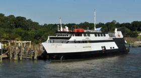 Once-stranded Savannah casino boat Escapade to set sail again tonight | Games People Play | Scoop.it