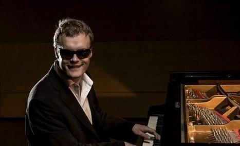 El hombre ciego y con autismo que toca decenas de miles de canciones al piano | Curiosidades sobre la música | Scoop.it