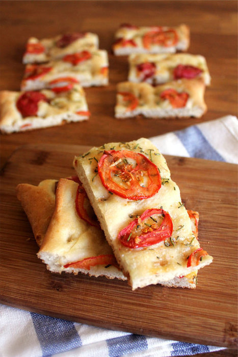 Tomato Rosemary Focaccia | The Man With The Golden Tongs Hands Are In The Oven | Scoop.it