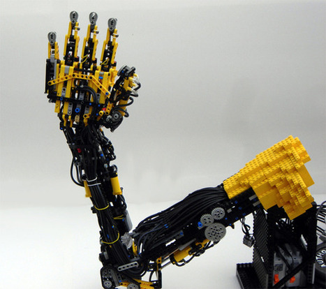 Lego Prosthetic Arm Takes Custom Prostheses to a Whole New Level | Technoculture | Scoop.it