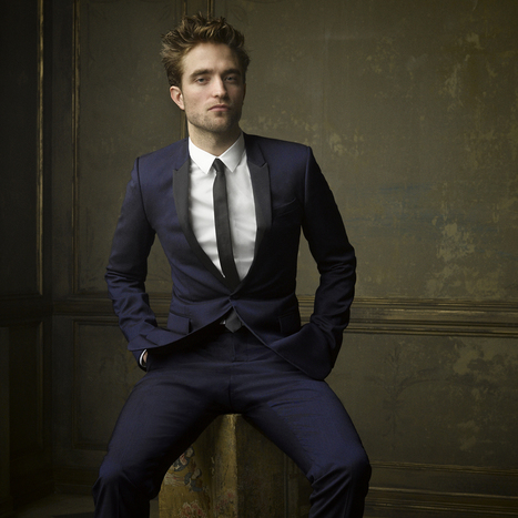Portrait of Robert Pattinson from the 2015 Vanity Fair Oscar Party | Robert Pattinson Daily News, Photo, Video & Fan Art | Scoop.it