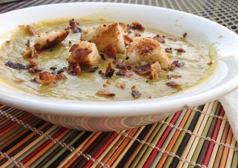 Vegan Split Pea Soup! Except that I just put bacon on top. . .but never mind that. | My Vegan recipes | Scoop.it