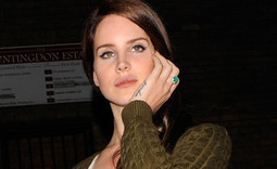 Lana Del Rey responds to Axl Rose rumours at intimate London show | Lana Del Rey - Lizzy Grant | Scoop.it