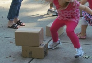 Stack the box relay race | Teach Preschool | Scoop.it