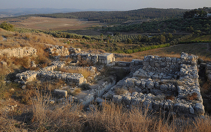 Archaeologists Reveal Evidence of Two Major Destructions at Biblical Site - Popular Archaeology | Biblical science | Scoop.it