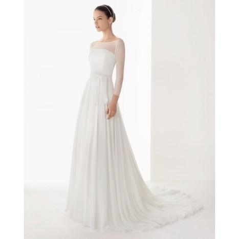 2013-simple-long-sleeve-winter-wedding-dress-with-hemstitch-detailing.jpg (600x600 pixels)   Celebrate and plan   Scoop.it