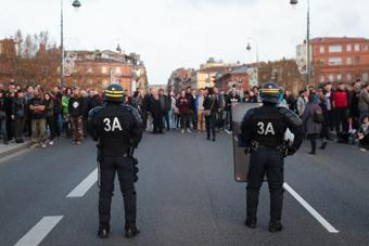 Violences policières en France: les six infos qui frappent fort   Archivance - Miscellanées   Scoop.it