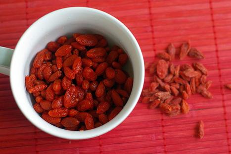 Top 10 Superfoods: Goji Berries, Cinnamon, Turmeric And More ...   GaiasGalleria - Life's Cosmic Balancing Act   Scoop.it