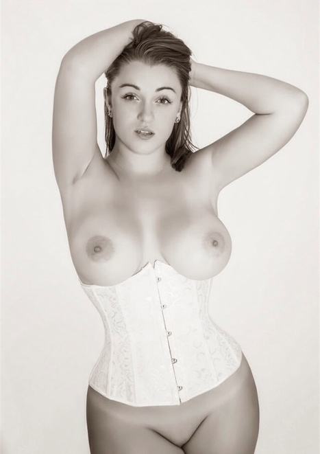 tiffany-cappotelli:<br/><br/>Happy White Girl Wednesday &#65533;&#65533; | Busty Boobs Babes | Scoop.it