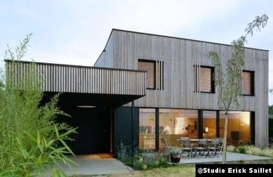 [inspiration] Villa B., à Caluire et Cuire (69) - B comme bioclimatique par Studio Erick Saillet | Le flux d'Infogreen.lu | Scoop.it