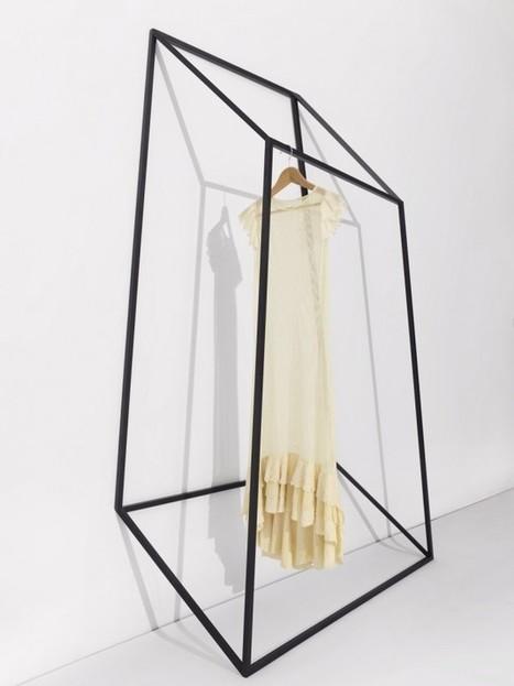 Storage is different / Les Ailes Noires Clothing Racks by +tongtong » | Du mobilier, ou le cahier des tendances détonantes | Scoop.it