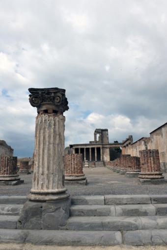 Scavi di Pompei, bella notizia: la Basilica è stata riaperta al pubblico | LVDVS CHIRONIS 3.0 | Scoop.it