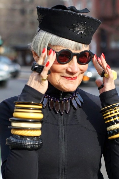 Side Street Style: Is 60 the New 40? How to Age Gracefully | Alzheimer's Support | Scoop.it
