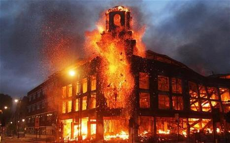 #LondonRiots: Youth use #Twitter and #BBM to Organize, Identify Looters, & Share Opinions   Movements.org   social musings   Scoop.it