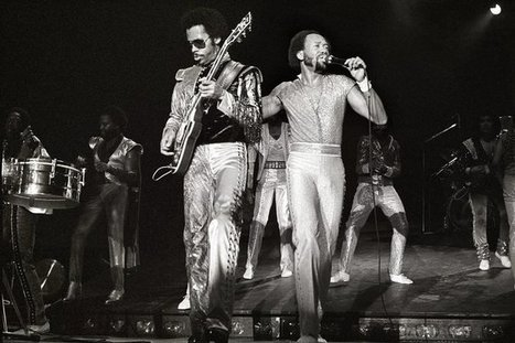 "Maurice White, Founder of Earth, Wind and Fire, Dies at 74 | Buffy Hamilton's Unquiet Commonplace ""Book"" 