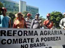 Dilma Rousseff ordena a sus ministros elaborar un plan de reforma agraria | Noticias de América Latina y el Caribe | Nuevos modelos alimentarios y agropecuarios | Scoop.it