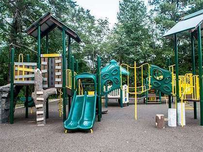 Research says 'play value' gap exists between playgrounds in affluent and ... - Medical Xpress | Parents & Children, Learn & Play | Scoop.it