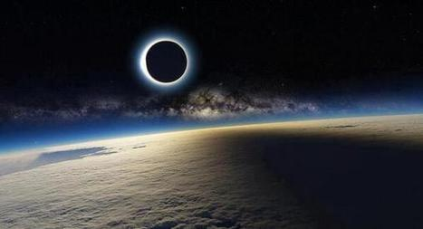 Twitter / GoogleEarthPics: Solar Eclipse and Milky Way ... | Our Earth | Scoop.it