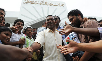 The Maldives, a fledgling democracy at the vanguard of climate change | Sustain Our Earth | Scoop.it