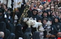 Una mostra di fotografie sulla Settimana Santa: tra Passione e Tradizione (Molfetta Live)   Turismo Religioso   Scoop.it
