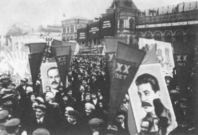 BBC - GCSE Bitesize - Stalin - the Five-year Plans | Why didn't Hitler want communism to spread to Germany? | Scoop.it