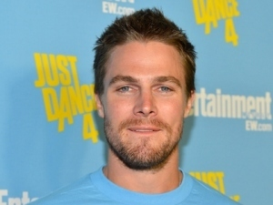 Arrow's Stephen Amell on ET Hottest Men List « CW Tampa @amellywood #Arrow   ARROWTV   Scoop.it