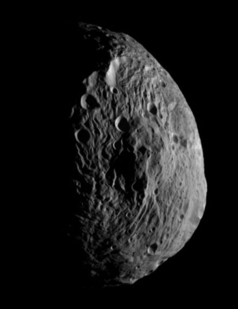 Vesta does a Hyperion impression - The Planetary Society Blog | The Planetary Society | Planets, Stars, rockets and Space | Scoop.it