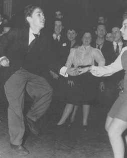 Website Today #1: Swing, Then and Now | 1930's: Great Depression Music | Scoop.it