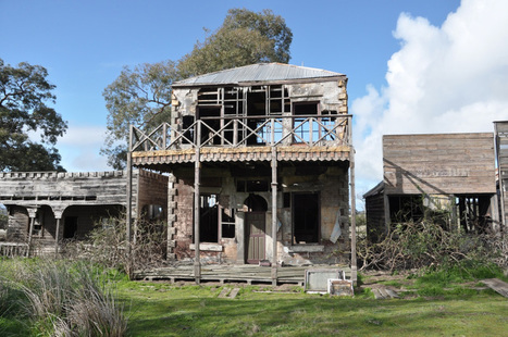 Counting birds with the Werribee Wagtails at Mt. Rothwell | Abandoned Houses | Scoop.it