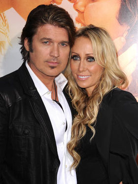 Billy Ray Cyrus's Wife Files for Divorce | Country Music Today | Scoop.it