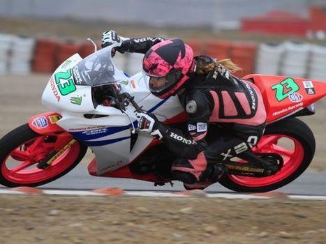 Superbike: Aída Martínez se fracturó la mano tras aparatosa caída | Motos Peru | Scoop.it