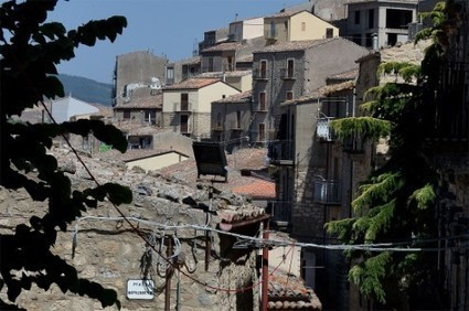 Siciliaanse gemeente geeft huizen gratis weg - Het Nieuwsblad Mobile | Italian Properties - Italiaans Onroerend Goed | Scoop.it