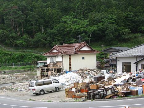 [photo] Et pendant ce temps là ... à Ishinomaki - Nearby House  | Tenku | Japon : séisme, tsunami & conséquences | Scoop.it