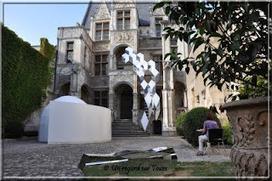 Un regard sur Tours: Installation sonore - architecture - Hôtel Goüin | DESARTSONNANTS - CRÉATION SONORE ET ENVIRONNEMENT - ENVIRONMENTAL SOUND ART - PAYSAGES ET ECOLOGIE SONORE | Scoop.it