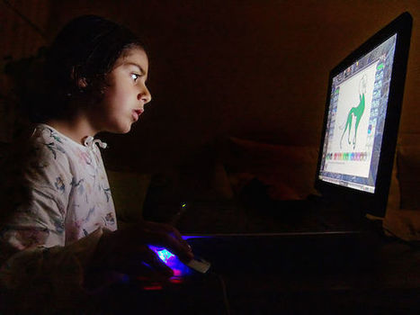 How Too Much Electronic Screen Time Is Making Kids 'Moody, Crazy and Lazy' | Roisin Davis | Truthdig.com | It's only teenage wasteland | Scoop.it