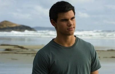 Twilight Saga Actor Taylor Lautner wins Best Shirtless Performance - Guardian Express | For Lovers of Paranormal Romance | Scoop.it