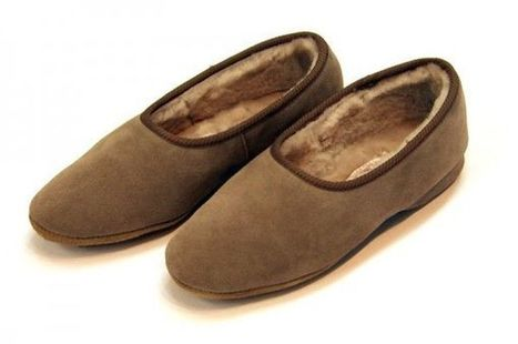 Where To Buy Lady's Sheepskin Slippers in the UK?   Sheepskin Slippers and Boots   Scoop.it