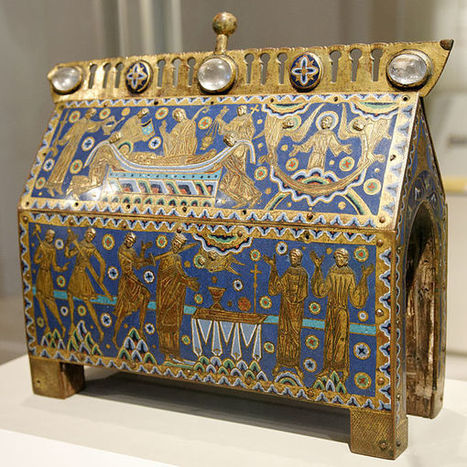 File:Becket casket VandA M.66-1997 n01.jpg - Wikimedia Commons | From Henry II to Edward I, in point of fact, the Plantagenets! | Scoop.it