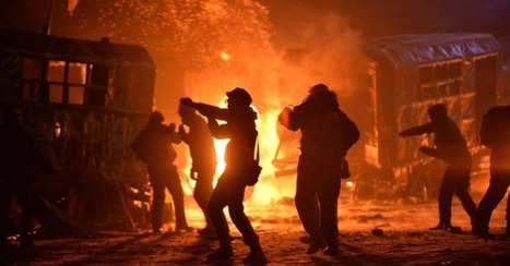 Kiev Riots at Fever Pitch: The Fiery Scene in 30 Photos | A first draft of history | Scoop.it