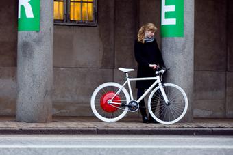 alalumieredunouveaumonde: ÉCOLO : La roue intelligente qui transforme toute bicyclette en vélo électrique   E-bike Assist : News and tips on e-Bikes products & maintenance   Scoop.it