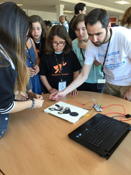 Programamos (We code) family coding event, May 2015 | Technology in Education | Scoop.it